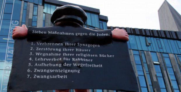 Eine Aktion der Giordano Bruno Stiftung: Der alte Luther auf dem Kirchentag in Leipzig. Foto: L-IZ.de