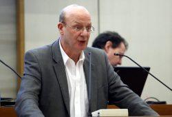 Steffen Wehmann (Die Linke) in der Ratsversammlung. Foto: L-IZ