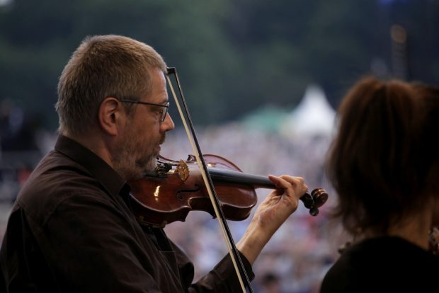 Das Gewandhausorchester spielte Arien aus Oper und Operette. Foto: Alexander Böhm
