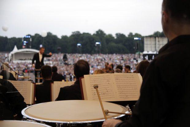 Die Gewandhausmusiker im Leipziger Grün. Foto: Alexander Böhm