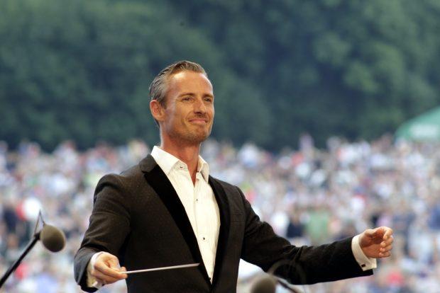 Dirigent Alexander Shelley. Foto: Alexander Böhm