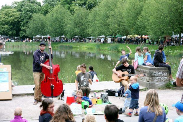 Musik bei der Ökofete. Foto: L-IZ.de