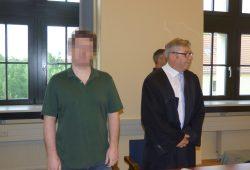 Der Angeklagte Michael F. (31) mit seinem Rechtsanwalt Malte Heise. Foto: Lucas Böhme