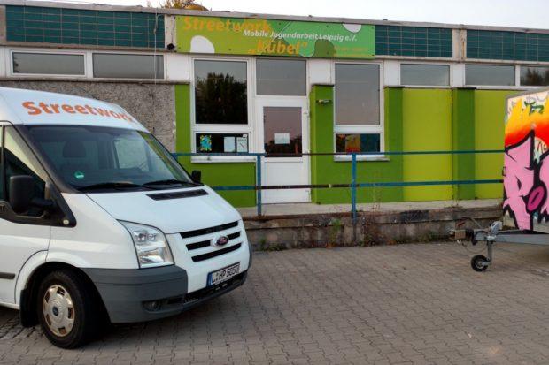 "Das Zentrum der Jugendarbeiter. Der ""Kübel"" in Grünau. Foto: Mobile Jugendarbeit Leipzig e.V."