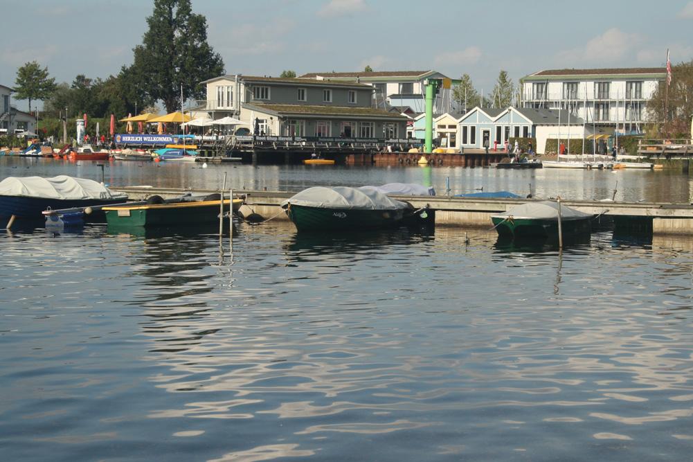 Still ruhen die Boote im Hafen ... Foto: Ralf Julke