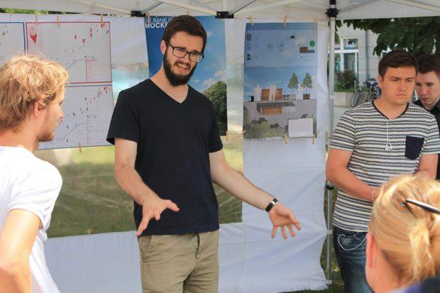 Ein Konzept zur interaktiven Kartierung der Nachbarschaft am Möckernschen Markt wird vorgestellt, Foto: Alena Endres, ISB, Universität Leipzig
