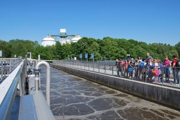 Führung im Klärwerk Rosenthal. Foto: Kommunale Wasserwerke Leipzig