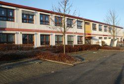 Die Container-Schule in Probstheida. Foto: Ralf Julke