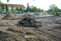 Baustelle für einen Kompaktbau aus Förderschule und Kindertagesstätte an der Alten Messe. Foto: Ralf Julke