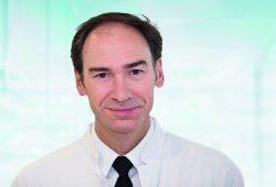 Prof. Thomas Berg, Leiter Sektion Hepatologie an der Klinik für Gastroenterologie und Rheumatologie des Universitätsklinikums Leipzig. Foto: Stefan Straube/UKL
