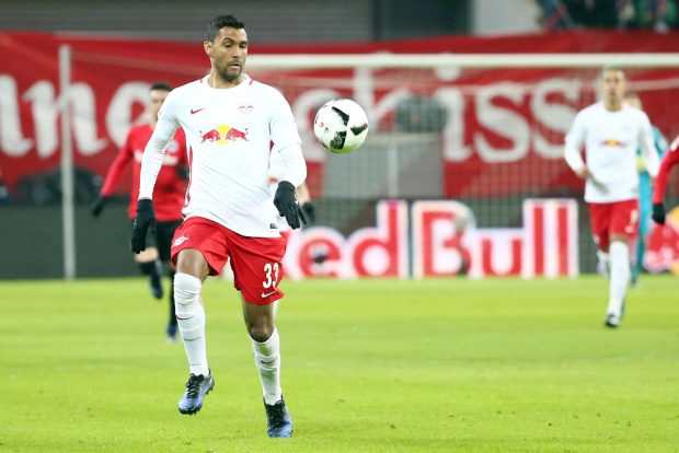 Marvin Compper, hier im Bundesligaspiel gegen Frankfurt, erzielte im Test gegen Meuselwitz den ersten Treffer. Foto: Gepa Pictures