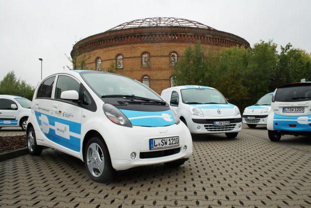 Elektroautos der Stadtwerke Leipzig. Foto: Ralf Julke