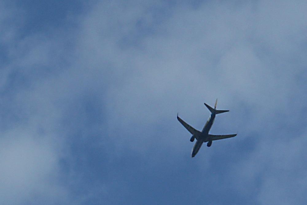 Flugkapitän auf Abwegen. Foto: Ralf Julke
