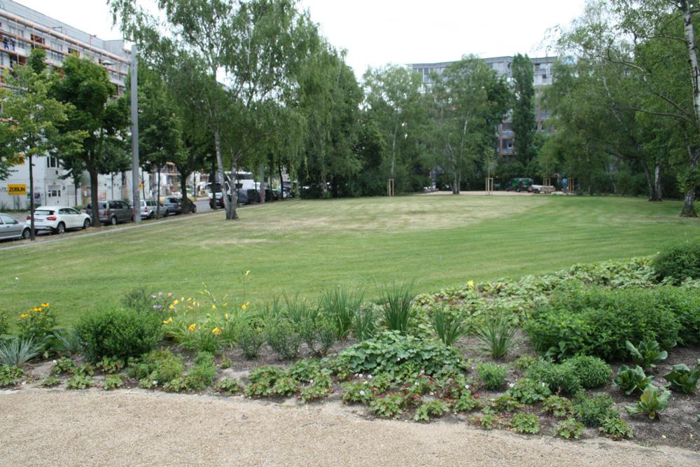 Der sanierte Rabensteinplatz. Foto: Ralf Julke