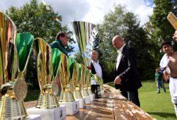 Der Max und Leo Bartfeld Pokal im Rahmen des Internationalen Fußballbegegnungsfestes erhält den Julius Hirsch-Preis 2017. Foto: L-IZ.de