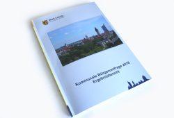 Der Bericht zur Bürgerumfrage 2016. Foto: Ralf Julke