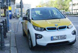 E-Auto der Leipziger Stadtwerke. Foto: Ralf Julke