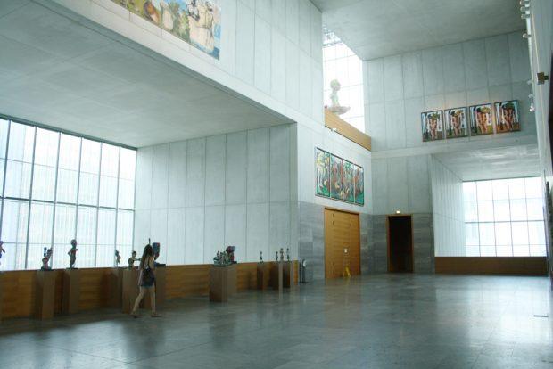 Viel Platz für Yoko Ono: Foyer im Museum der bildenden Künste. Foto: Ralf Julke