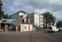 Das Gebäude Gorkistraße 25 des neuen Goethe-Gymnasiums. Foto: Ralf Julke