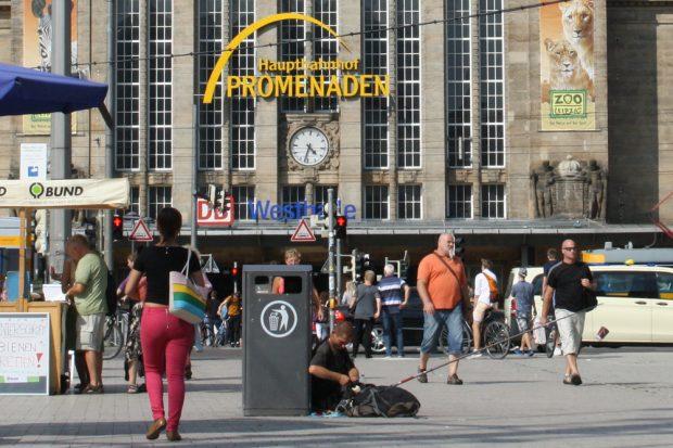 Kleiner Willy-Brandt-Platz vorm Hauptbahnhof. Foto: Ralf Julke