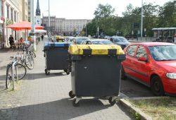 Hausmeister lieben Radwege. Foto: Ralf Julke