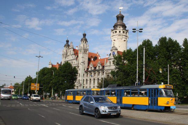 Ring-Verkehr am Wilhelm-Leuschner-Platz. Foto: Ralf Julke