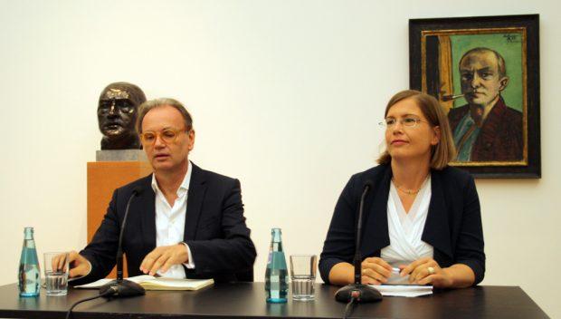 Museumsdirektor Dr. Alfred Weidinger und Kulturbürgermeisterin Dr. Skadi Jennicke. Foto: Ralf Julke