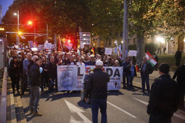 Frische Luft und ein Marsch auf dem Ring. Foto: L-IZ.de