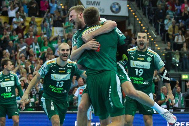 Im grünen DHfK-Trikot jubelten Janke, Weber und Roscheck (v.l.) schon oft gemeinsam - und spielen nun auch zusammen für das DHB-Team. Foto: Jan Kaefer (Archiv)
