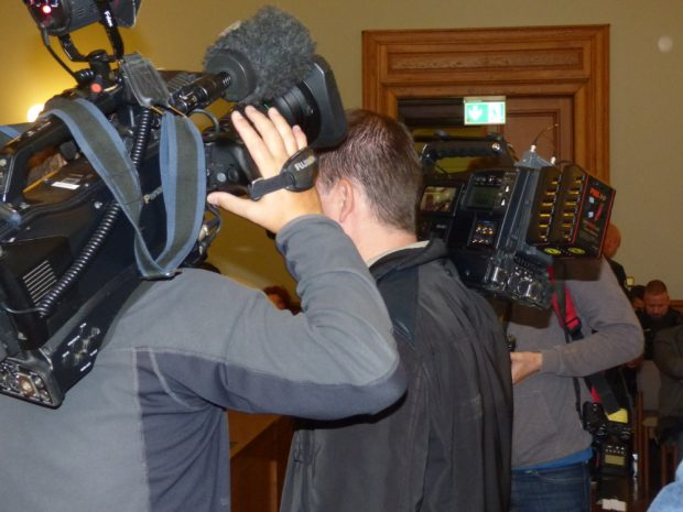 Der neue Prozessanlauf fand wieder unter hohem Medieninteresse statt. Foto: Lucas Böhme