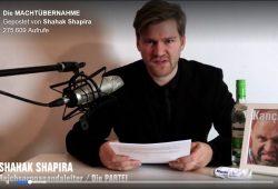"""Videoscreen des Videos zur """"Machtübernahme"""" der Partei Die PARTEI bei Facebook"""