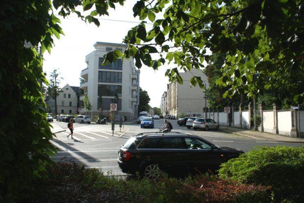 Berggartenstraße / Kreuzung Lützowstraße. Foto: Ralf Julke