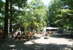 Gaststätte Glashaus im Clara-Zetkin-Park. Foto: Ralf Julke