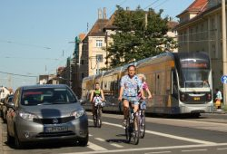 Radfahrer auf der Georg-Schumann-Straße. Archivfoto: Ralf Julke