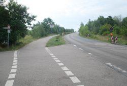 Straßenbegleitender Radweg - hier an einer Landstraße. Foto: Ralf Julke