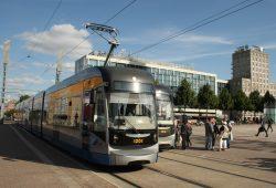 Soll ab August wieder deutlich teurer werden: Leipzigs Straßenbahn. Foto: Ralf Julke
