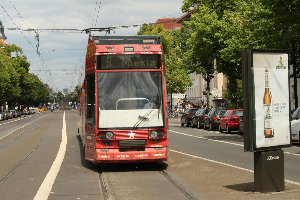 Straßenbahn auf der KarLi. Foto: Ralf Julke