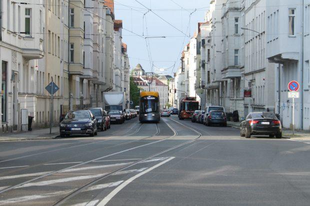 Ganz klein da hinten: Leipziger Verkehrszukunft. Foto: Ralf Julke
