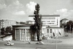 Anatomisches Institut der Karl-Marx-Universität Leipzig, Liebigstraße 13, 1959. Foto: SGM