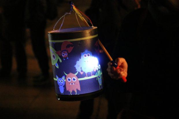 Ein bisschen Lampionumzug war auch dabei. Foto: L-IZ.de