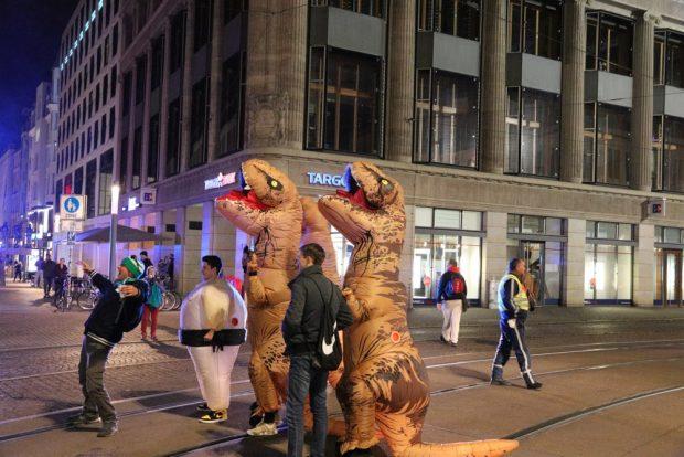 Die Reptiloiden am Wegesrand bei der Übernahme der Weltherrschaft. Foto: L-IZ.de