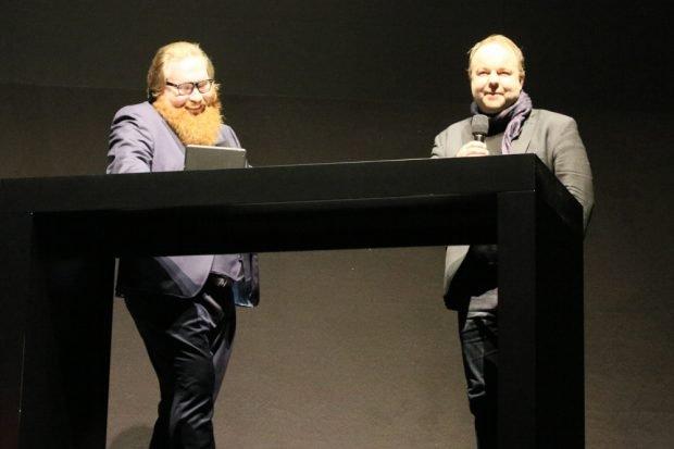 """Lutz Kinkel - hier im Gespräch mit Claudius Nießen, leitet heute das Europäische Zentrum für Pressefreiheit (ECPMF) in Leipzig und war """"10 jahre in Berlin dabei"""". Foto: L-IZ.de"""