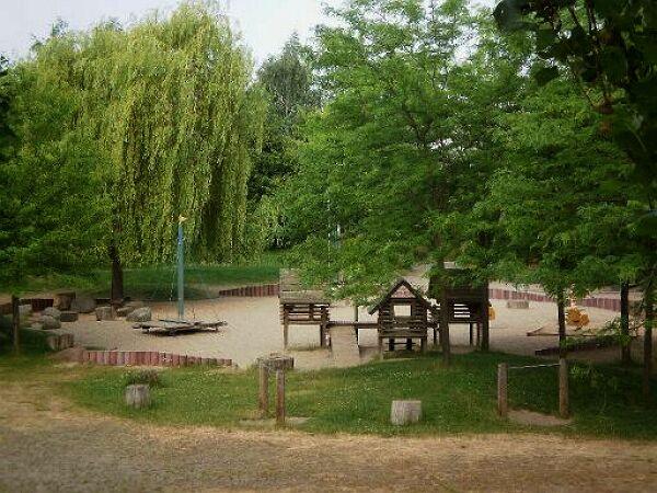 """Spielplatz """"Zschochersche Allee"""". Foto: Stadt Leipzig"""