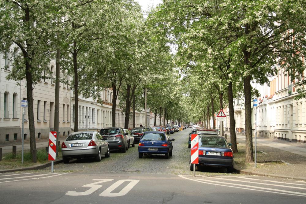 Einbahnstraße Brockhausstraße. Foto: Ralf Julke