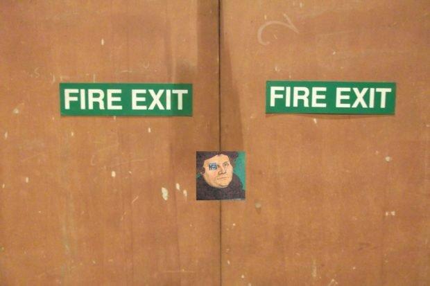 Collage Fire Exit: Foto: Kurt Mondaugen