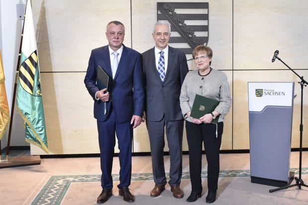 Ernennung von Frank Haubitz am 23. Oktober: Frank Haubitz, Stanislaw Tillich, Brunhild Kurth. Foto: Freistaat Sachsen, SSK, Matthias Rietschel