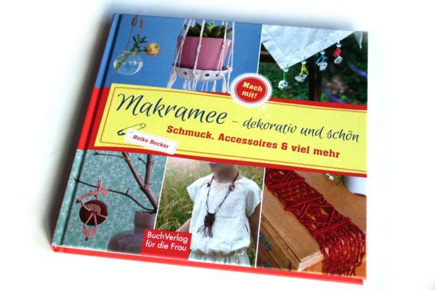 Heike Becker: Makramee - dekorativ und schön. Foto: Ralf Julke