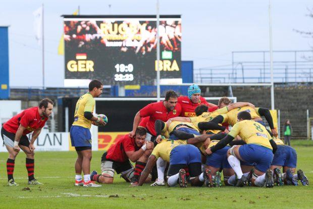 Die Blau-Gelben im Bruno-Plache-Stadion hießen diesmal nicht Lok, sondern Brasilien. Foto: Jan Kaefer