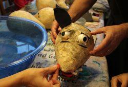 Fabelhafte Wesen entstehen im Unikatum Kindermuseum. Macht mit! Foto: Unikatum