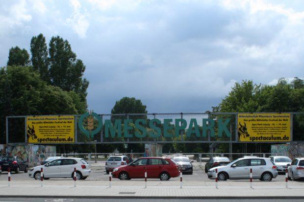 Zugang zum agra-Park an der Bornaischen Straße. Foto: Ralf Julke